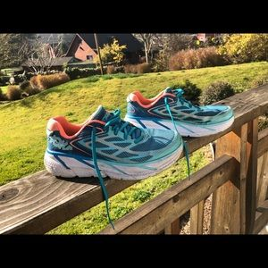 Hoka One One Clifton 3 size 8.5 women's shoe